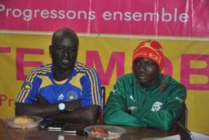 Ali Ouédraogo coach de KOZAF à gauche