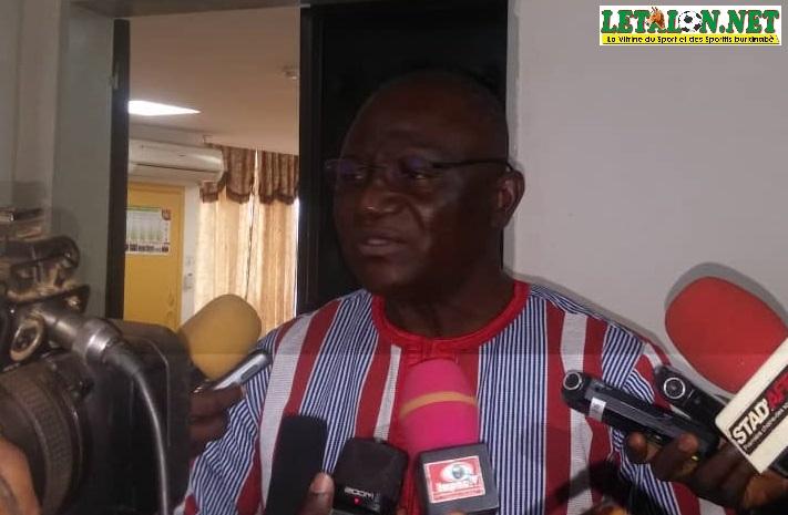 Mise aux normes du 4-Août et du stade Sangoulé : le ministre Azoupiou explique ce qui sera fait !