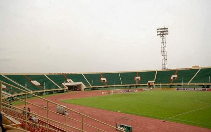 Etalons: la CAF suspend le stade du 4-Août