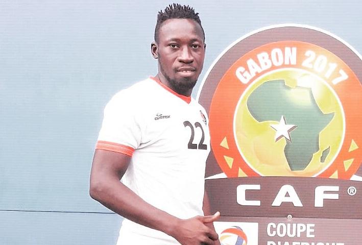 Fasofoot 2020-2021 : SALITAS renforce son attaque avec Omar Kaboré