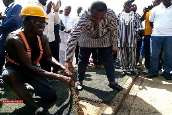 Stade Joseph Conombo : 305 millions pour la réfection de la pelouse et des vestiaires