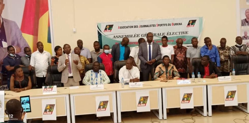 AJSB: Jérome Tiendrébéogo réélu, la liste complète du bureau