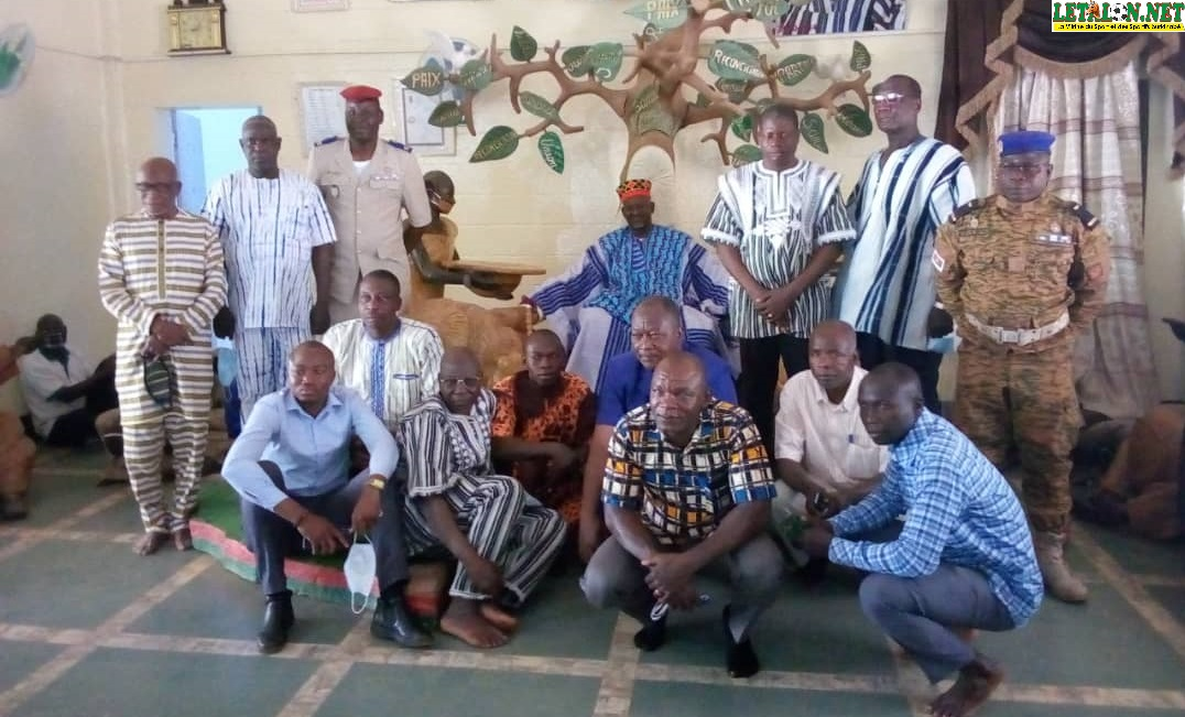 Boxe : la nouvelle équipe fédérale en quête de conseils et de bénédictions chez le Mogho Naaba