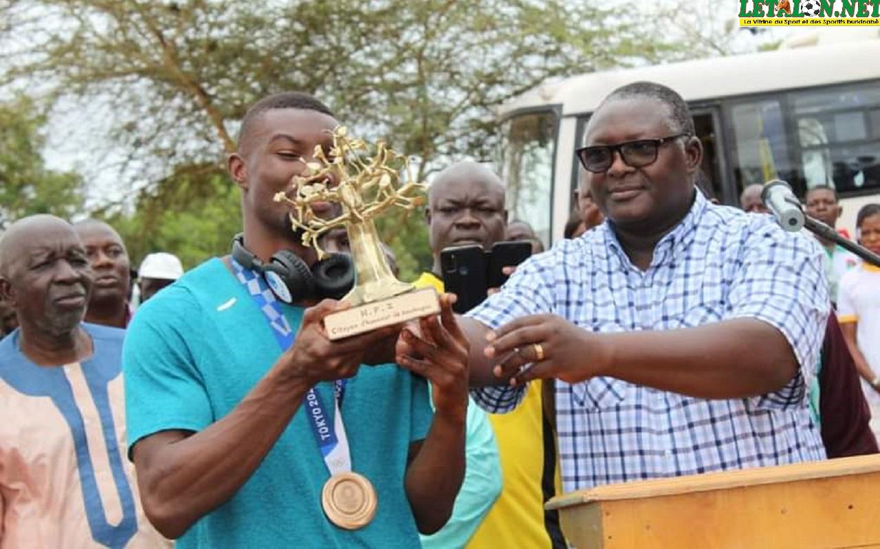 Commune de Koudougou : Hugues Fabrice Zango élevé au rang de Citoyen d'honneur