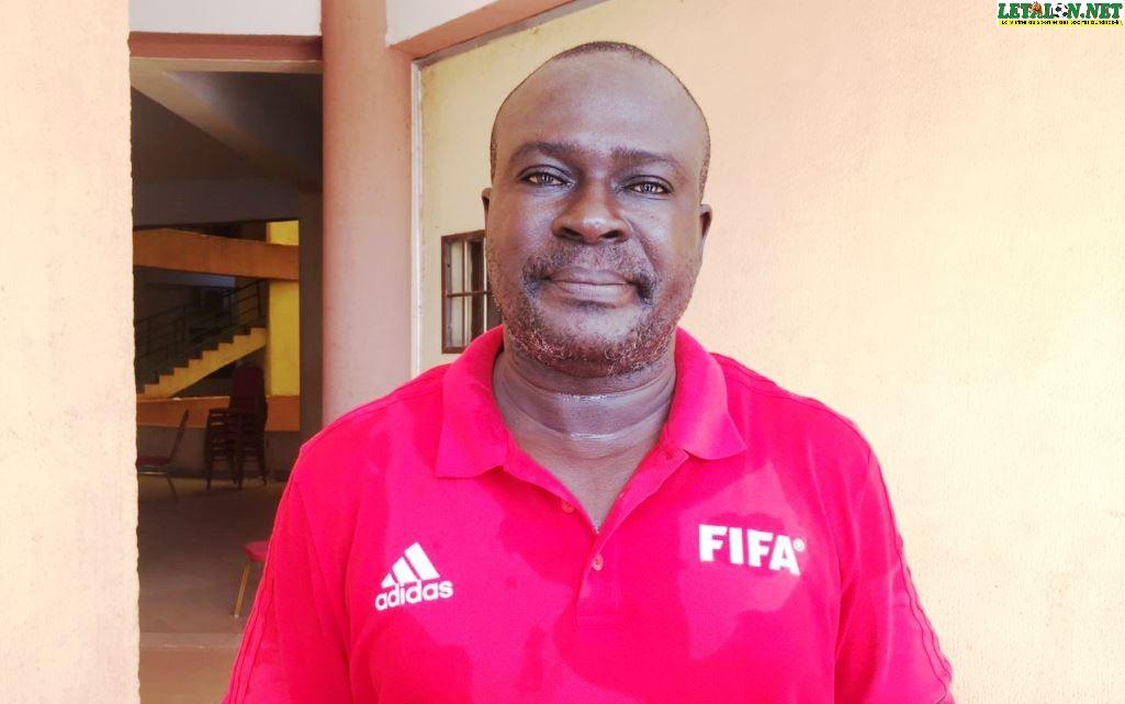 Violences contre les arbitres: «Il faut sanctionner les coupables comme il se doit et conformément à leurs actes», Jean-Baptiste Bassono, instructeur CAF/FIFA